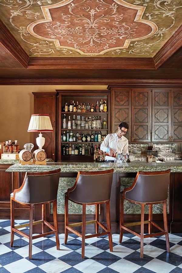 Belmond Castello Di Casole Bar